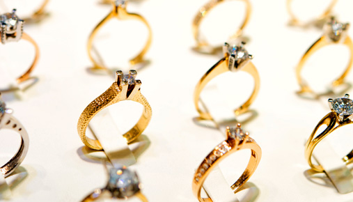 Consumers Taking a Shine to Jewelry as Economy Strengthens