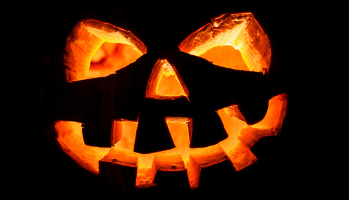 Economic Report: Retail Stock Earnings and Halloween - Ticker Tape