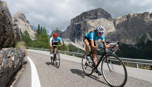 Cycle racers: transports, cyclicals, showdown