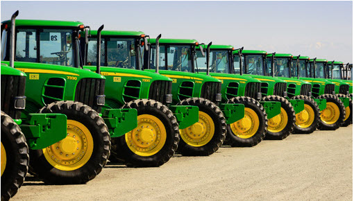 Will Struggling Deere Dig Deep to Offset Revenue Hit?