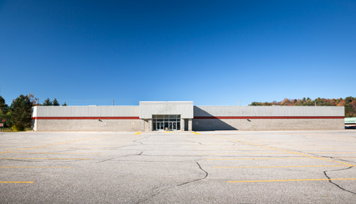 Empty lot: Is the retail sector losing out to online shopping?