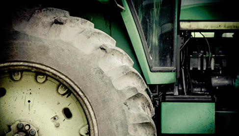 Weak Ag Sector, Strong Dollar Could Hurt Deere's Quarter