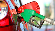 Tumbling Gasoline Prices Pumping up Consumers' Wallets