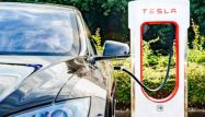 Leave the Driving to Tesla: Musk Introduces New Tech, Plugs Self-Driving Safety